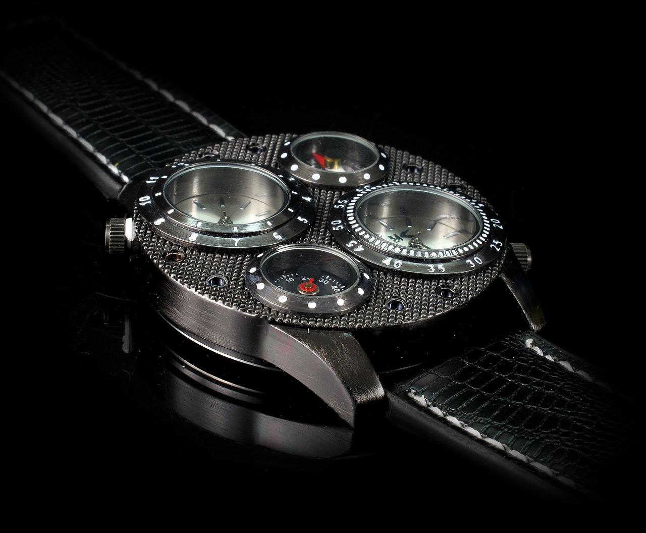 Orologi maschili: l'accessorio perfetto per un uomo d'affari.